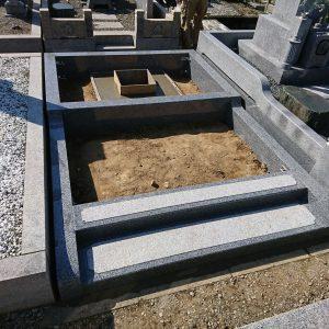 堺市霊園で外柵工事(2件)、泉大津市で外柵工事。