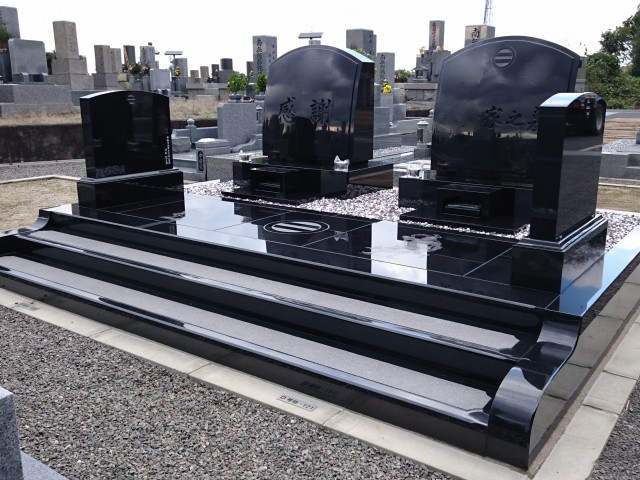 施工例洋型デザイン3-27 岸和田市 山直中町墓地