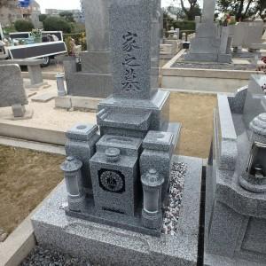 大阪市設 瓜破霊園でお墓が完成しました。