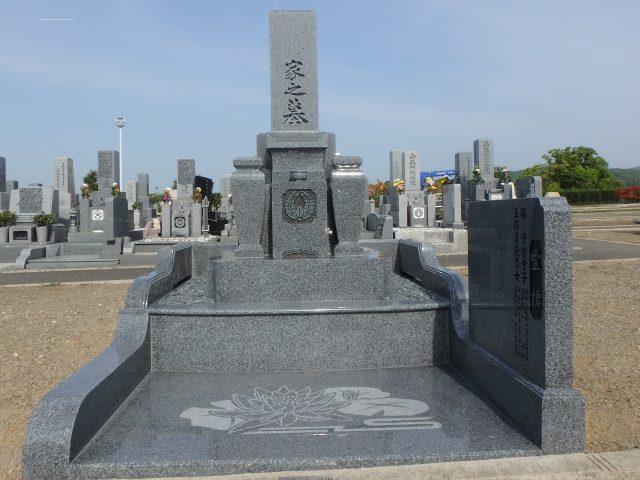 施工例3㎡以上2-37 岸和田 流木墓苑