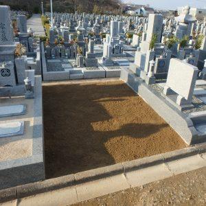 香芝市で芝台工事、大阪狭山市で墓じまい工事。