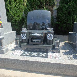 堺市西区で黒緑系御影石の洋型石碑工事