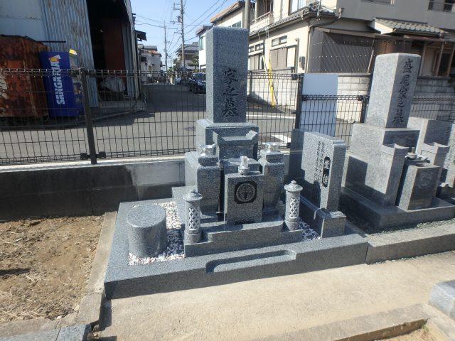 施工例1-48 堺市村墓地 佐賀県産天山石特級でお墓建墓