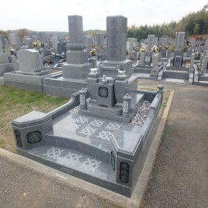 岸和田市 流木墓苑で門柱付階段型外柵で豪華に『天山石 銀剛』のお墓工事