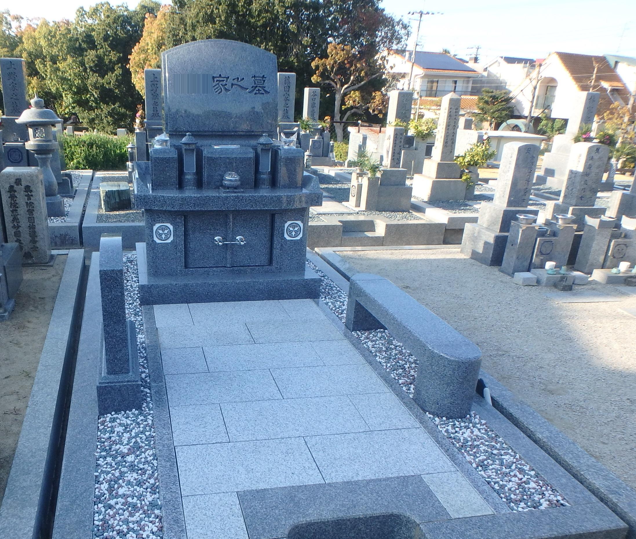 施工例3-44 納骨堂式洋型墓石 黒竜江省産K12Aの詳細画像1