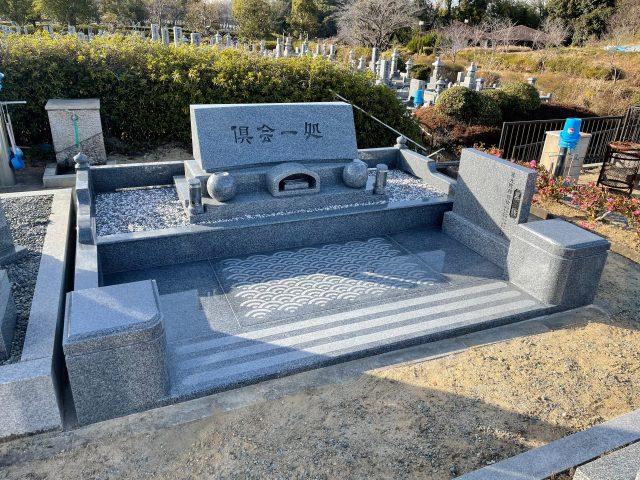 施工例3-46 堺市霊園洋型墓石